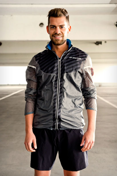 FFSMR15_Apparel_RunningJacket_Front